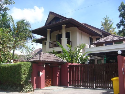 Large-3-Bed-House-For-Rent-in-Cherng-Talay-Phuket